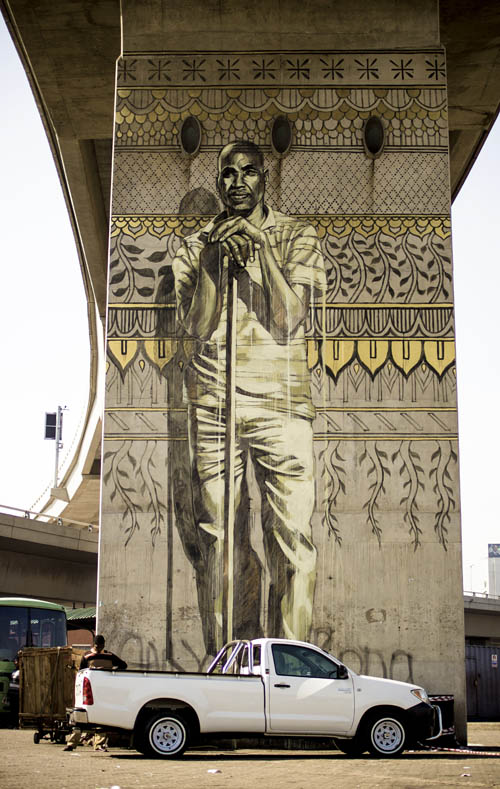 The new Faith47 murals brandishing the viaduct columns in Warwick. Credit: http://saia.org.za/?page_id=2543